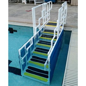 ADA-Compliant AquaTrek Ladder, 4-Step